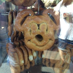 disneyland pretzels