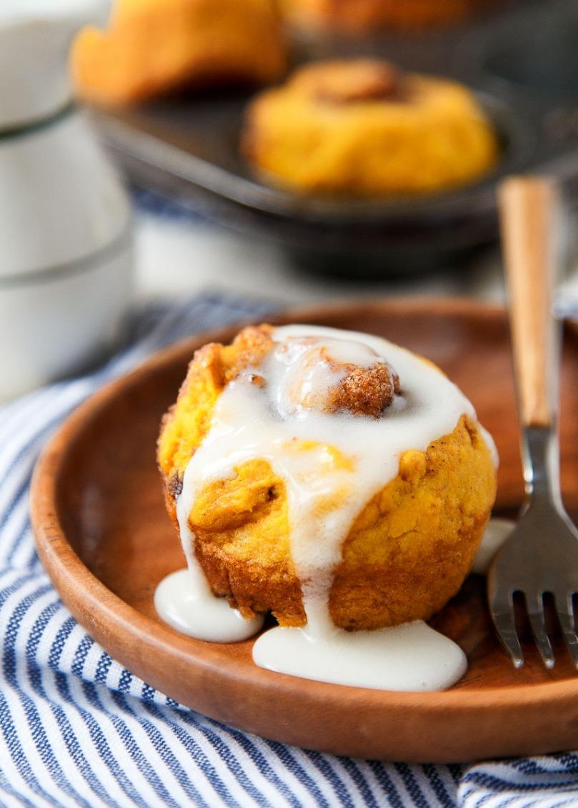 no-yeast-pumpkin-cinnamon-rolls-2