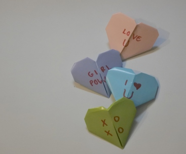 conversation_hearts_bookmarks_macaronsandmusthaves