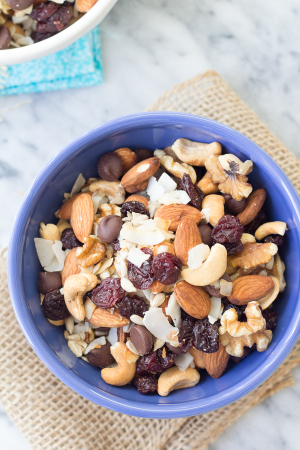xenergy-boosting-trail-mix-1121.jpg.pagespeed.ic.ad5YVPiYqx